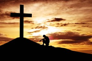 A cruz ao longo da História. (Imagem: Internet)